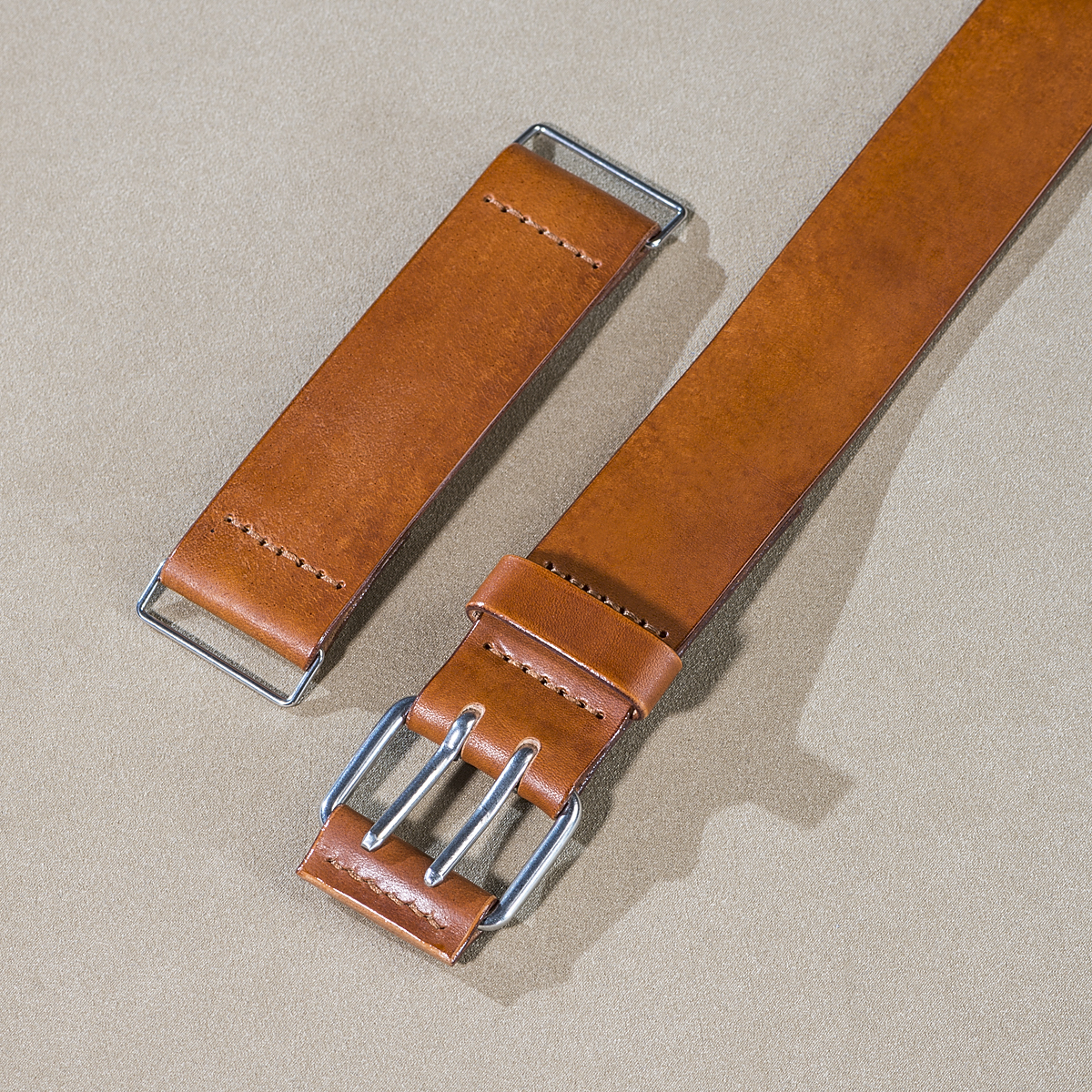 Leather U-lock holder Caramel 2.