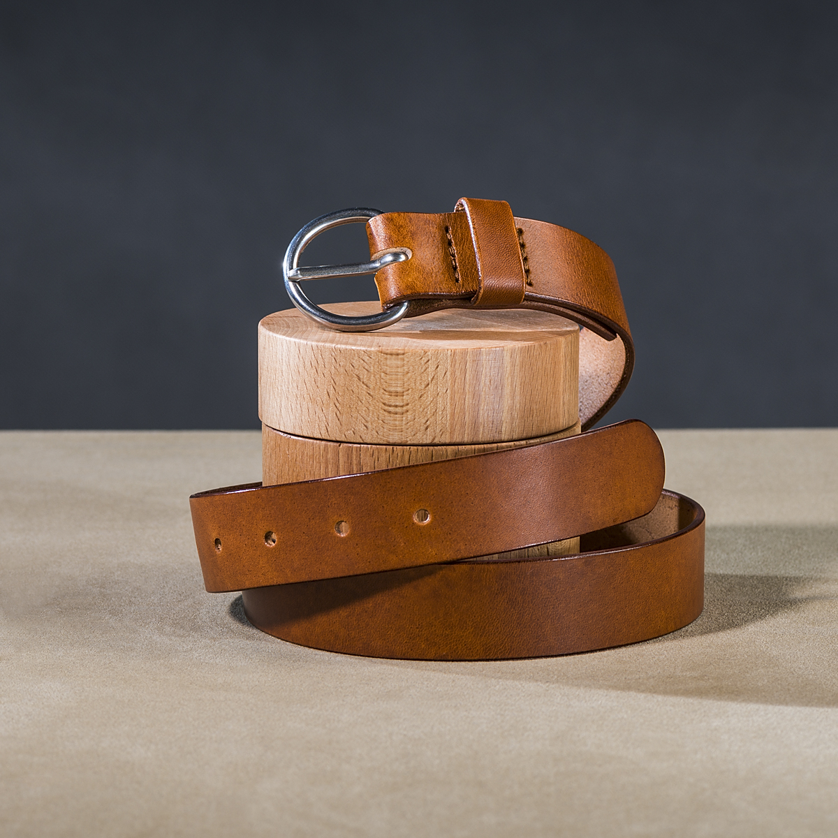 Leather belt for ladies Caramel 1.